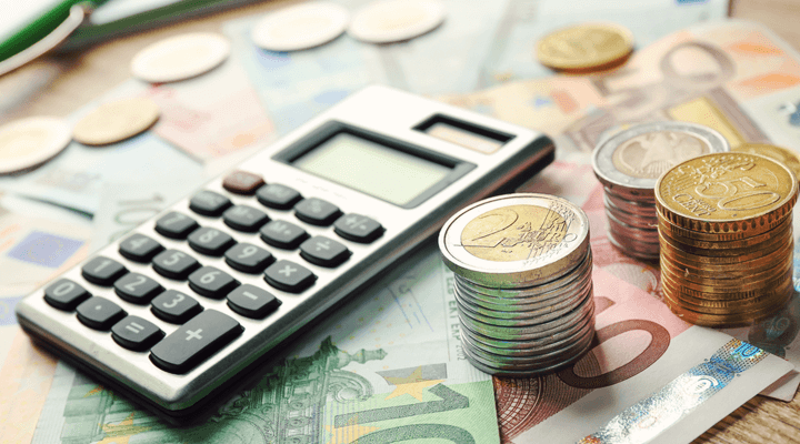 イタリア、貸金庫の現金などに課税も─サルビーニ副首相